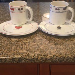 Set of Berry (4) mugs and (8) dessert plates